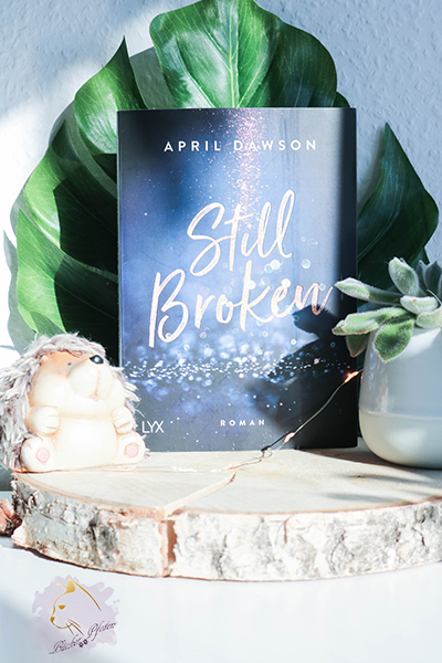 April Dawson - Still Broken - Cover