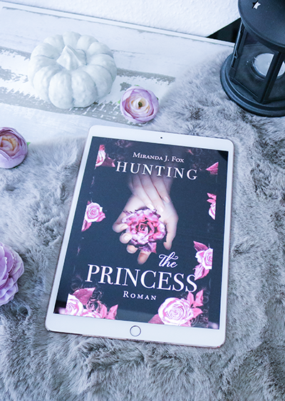 Hunting the Princess - Miranda J. Fox - Cover